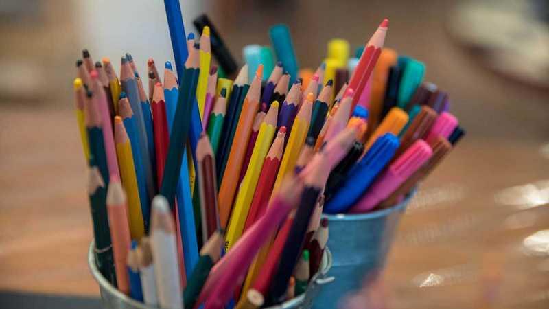 mehr bunte Stifte