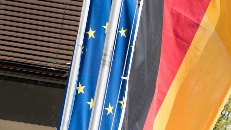 Deutschland und Europa Fahne