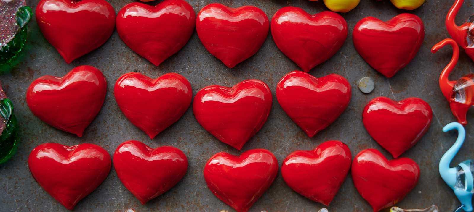 viele rote Herzen