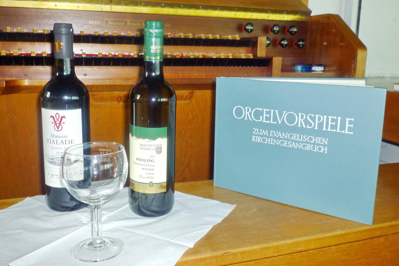 Orgel und Wein